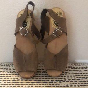 Wooden cute heels.
